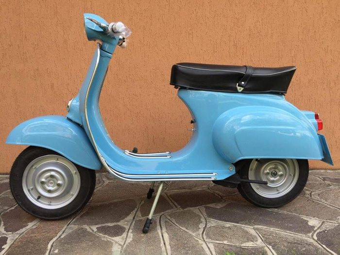 Piaggio puts a price on its electric Vespa and starts taking orders