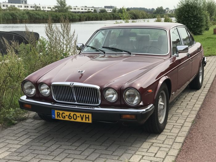 Jaguar - Sovereign 5.3 V12 - 1986