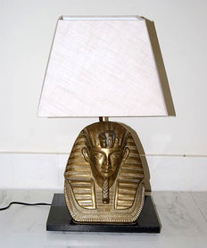 Copper Pharaoh table lamp of the 1970s