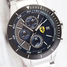 Ferrari Scuderia Ferrari RedRev Chronograph men's wristwatch, new condition, 2017