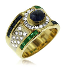 Contemporary Diamond, Emerald & Sapphire Ring, Hallmarked '750' for 18kt yellow gold (8.4 gram) Ring size 52-16 1/2-M (UK), New.