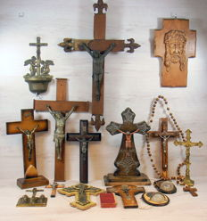 Collection of 17 old devotional items, Belgium, 20th century