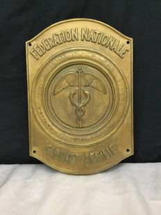 Cast iron plaque Fédération des agents immobiliers, signed L. Giblin, France, 60s