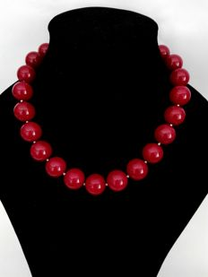 Beautiful Necklace of 20 mm Rubellites - silver bead to separate the stones - 925 silver clasp