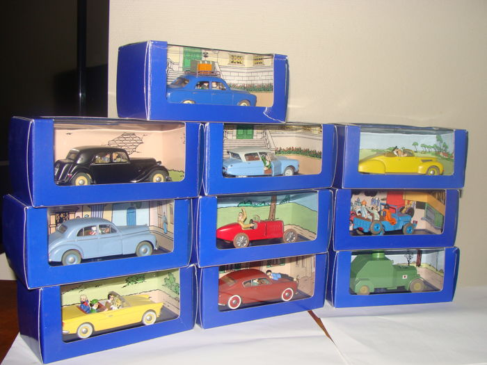 Hergé Tin Tin - Scale 1/43 - lot of 10 cars: 1 x Bugatti , 1 x Sumida ARM, 1 x Jeep Willys, 2 x Citroen , 1 x inspiration model, 1 x Morris Six,  1 x Peugeot 403, 1 x Lancia Aurélia,  and 1 x Lincoln Zephyr
