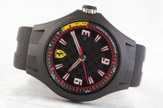 Scuderia Ferrari Men's wristwatch in new condition