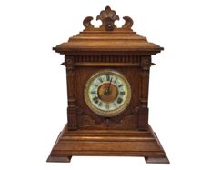 "Ansonia ""Sharon"" clock in oak case- approx.: 1920/1930"