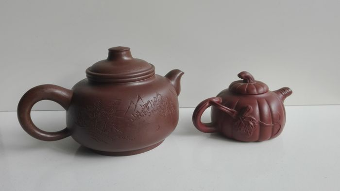 Two modern Yixing teapots - China - second half 20th century