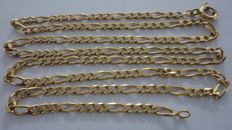 19.2 kt yellow gold necklace, measuring 69 cm in length. No reserve price.