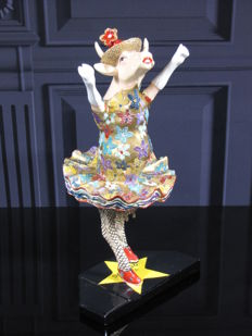 CowParade - Dancing Diva -15th Anniversary Edition