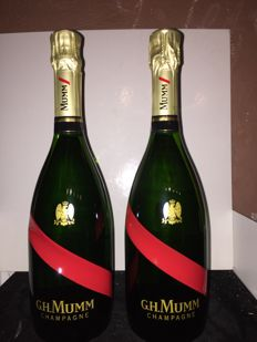 Mumm Cordon Rouge Collectors edition champagne - 2 bottles (75cl)