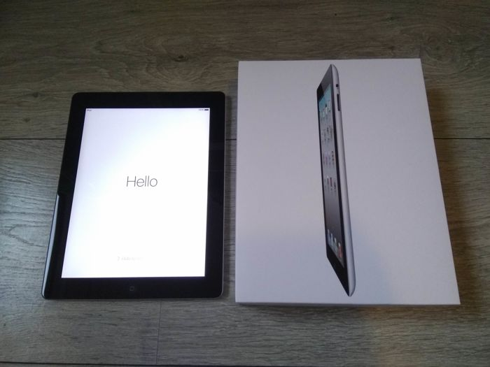 Apple iPad 2, black - WiFi - 16GB - Model A1395 - In original box, with sturdy cover