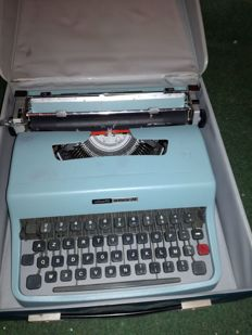 Lettera 32 Olivetti typewriter from the 1960s