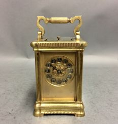 Antique carriage clock with lovely gold-plating - with striking mechanism and repetition - England - around 1875