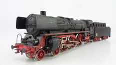 Märklin/Hamo H0 - 3048 - Express train locomotive with towed tender Series BR 01 of the DB.