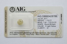 1.76 carat round brilliant natural fancy light yellow diamond - P3 NO RESERVE