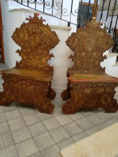 Two chairs or stools in Renaissance style - painted wood - Italy - 19th century