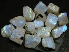 Untreated 100% Natural Moonstone - 166 ct