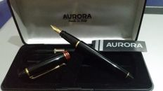 Aurora fountain pen