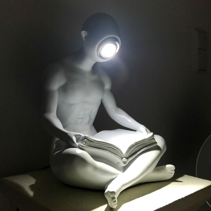 Nude Reading man - Lamp (LED)