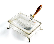 Old chafing-dish in sterling silver. Spain. Early 20th century