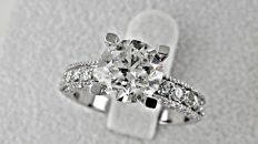 2.83 Ct round diamond ring made of 14 kt white gold - size 7