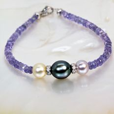 Bracelet of faceted Tanzanites and cultured pearls, Ø 7 to 9 mm # NO RESERVE PRICE #