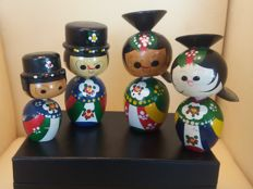 Kokeshi - Bobblehead full family