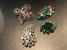 Collection of 4 vintage Brooches Including Art Deco set with gems and Austrian crystals, from the 1930's 40's