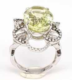 9.30 carats Beryl Ring with 0.40 carat White Diamond in 18 kt White Gold- Free Resizing, Free Delivery