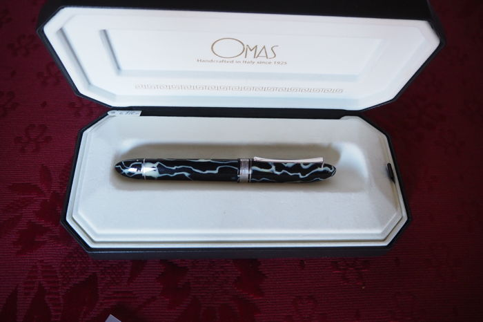 Very rare Omas 360 Wild celluloid fountain pen, limited edition HT silver trim fountain pen New