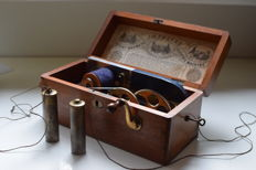 Magneto Electric Machine (for nervous diseases) - Joseph Gray & Son. England - around 1880