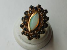 Ring in 14 kt yellow gold with gemstones - 18.3 mm