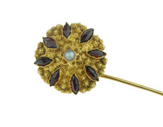 14 kt Gold tie pin set with pearl and garnets, 55 mm, low reserve price