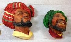3D Bossons Kurd hand painted wall statues 2 x