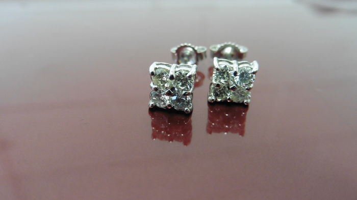 18k Gold Diamond 4 Stone Earrings - 0.80ct
