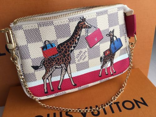 e560eb02909f Louis Vuitton - Limited edition mini pochette accessories damier azur  giraffe FW17 - Sold out -