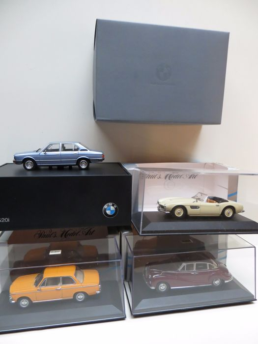 Minichamps - Scale 1/43 - Lot with 4 BMW models