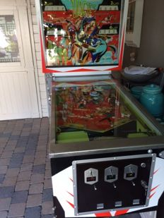 Bally dogies pinball machine from 1968