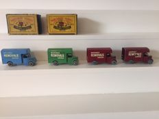 Moko Lesney Matchbox 1-75 series - Scale unknown - Lot with 4 x Bedford Removal Vans 17a, including scarce colour variations