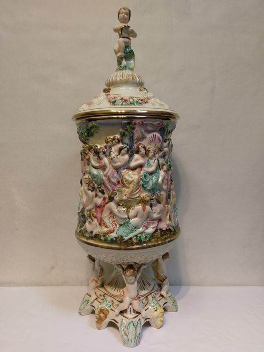Very Large And Rare Capodimonte Urn Vase Wit Lid And Erotic Scenes