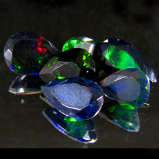 Lot of Black Opals with Rainbow Flash - 7.87  Ct  (6)