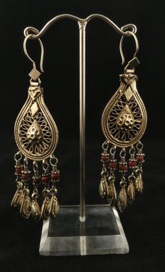 Antique handmade earrings in silver gilt - Afghanistan, mid-20th Century