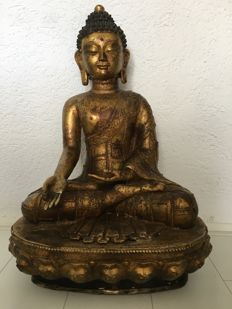 Large statue Copper Buddha - Nepal - late 20th/21st century (74 cm)