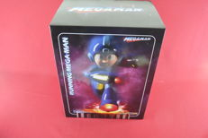 First 4 Figures F4F Running Mega Man Exclusive NEW