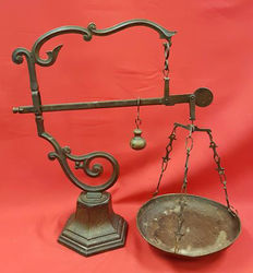 Old ornate stick-equator scales dated M.D.C.V - Brass/Bronze, France, early 20th century