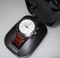 Pulsar Cronograph 100M Stainless Steel/Brown Leather - Men Wristwatch by Seiko