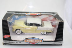 Ertl - American Muscle - scale 1/18 - 1955 Chevrolet Bel Air - yellow