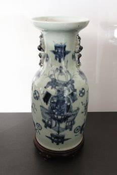 Large baluster vase - China - late 19th century.