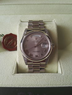 Rolex - Platinum Day - Date President with Diamond - 118296 - Ανδρικά - 2011-σήμερα